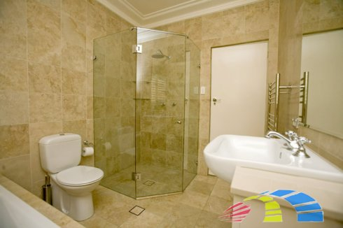 Поэтапный ремонт ванной комнаты