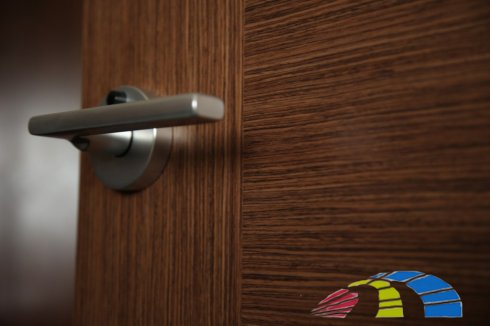 Тонкости выбора дверной фурнитуры