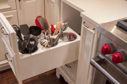 Все удобство встроенных кухонь