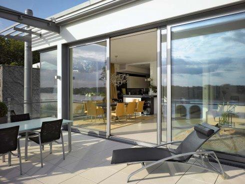 Окна Schuco: выбираем окна для коттеджа