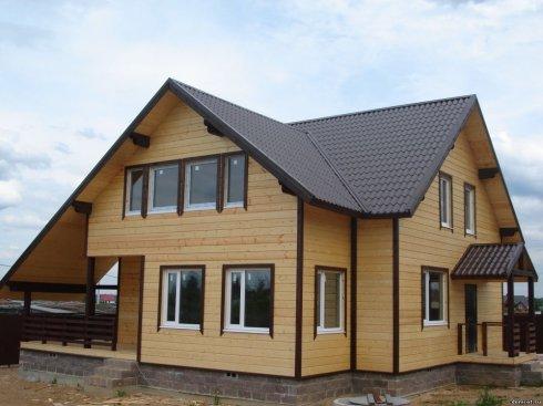 Строительство домов из клееного бруса: снова на пике моды!