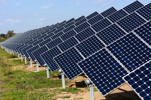 Жители Москвы с помощью солнечных батарей сократили расходы на свет почти в 150 раз